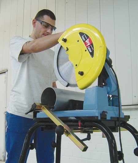 pipe cutting saws